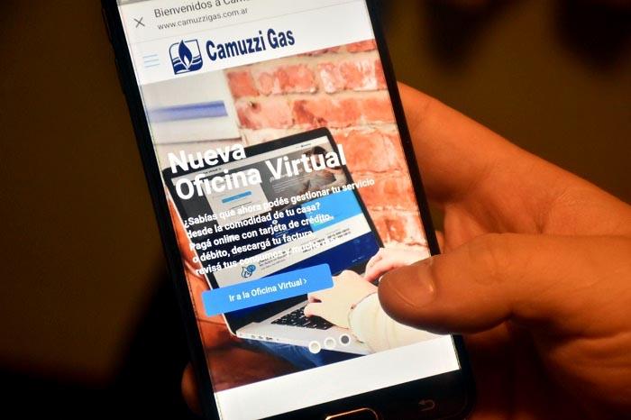 Camuzzi incorpora el servicio de cambio de titularidad online