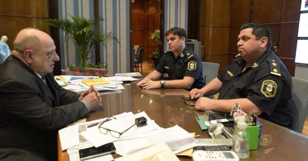 Policía rechazó coima de un ladrón para dejarlo ir: Arroyo lo felicitó