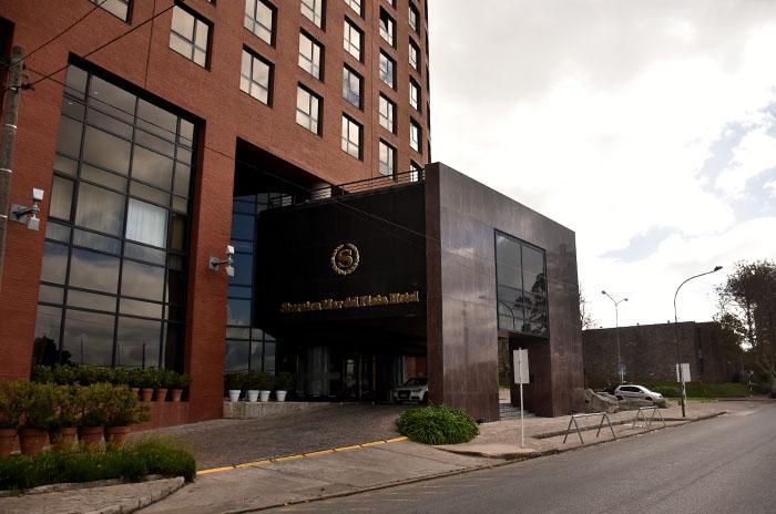 """Cerró el Hotel Sheraton """"hasta nuevo aviso"""" y hay preocupación de sus trabajadores"""