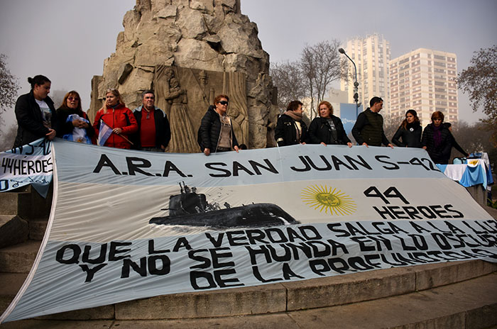 ARA San Juan: los familiares y una tensa reunión con Aguad