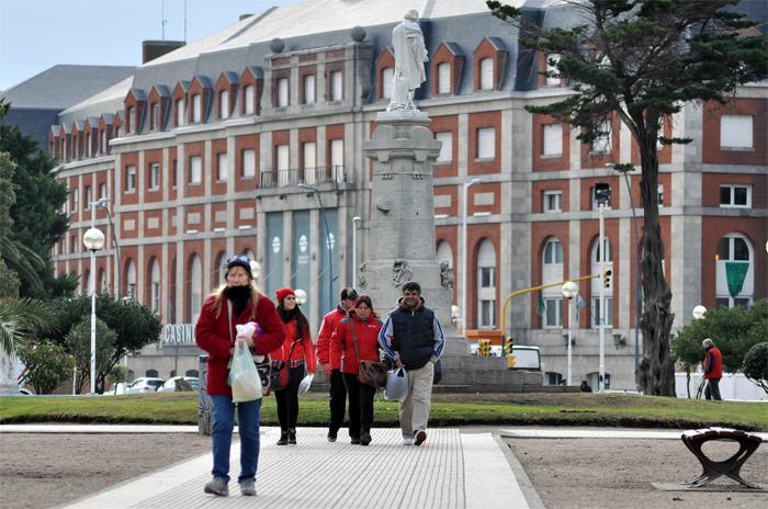 El frío se instaló en Mar del Plata: cómo sigue el tiempo