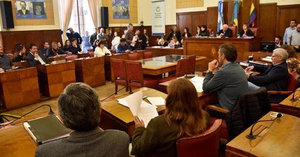 El Concejo aprobó la interpelación de Mourelle y Distéfano