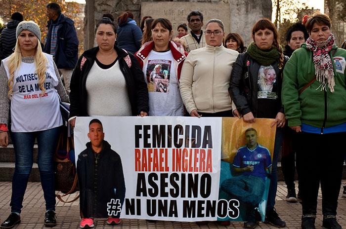 MARCHA RECLAMO FEMICIDIO NANCY SEGURA  (3)