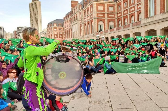 Aborto: la Rambla se tiñó de verde a días de una instancia clave