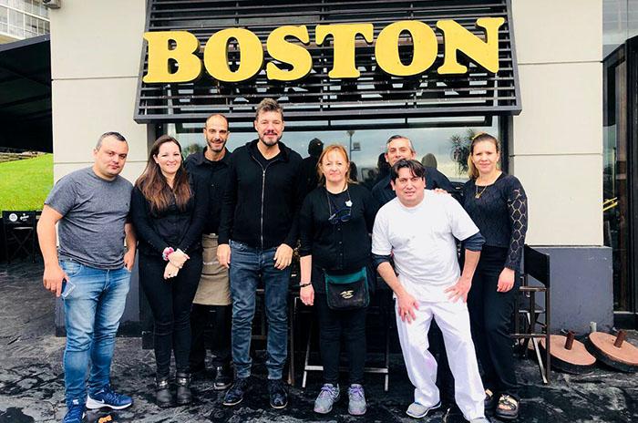 Conflicto en La Boston: alerta, ocupación y visita de Tinelli