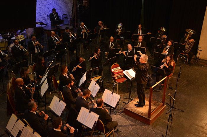 La Banda Sinfónica junto a Sucio y Desprolijo, fusión de clásico y rock