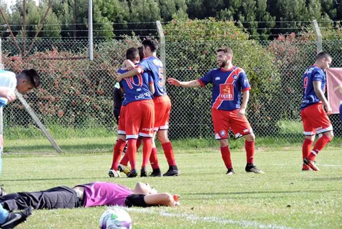Fútbol local: la Zona Reválida empezó a puro gol