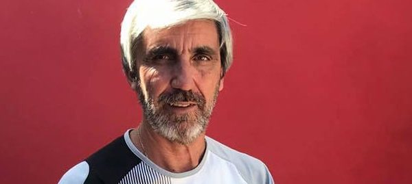 El pedido de postulación de Julio Aro al Nobel llegó a Change.org