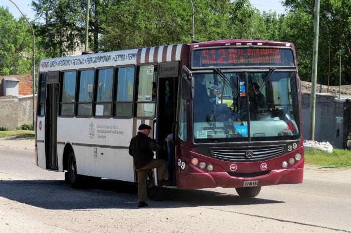 El gobierno busca aumentar el boleto de colectivo a $13.55
