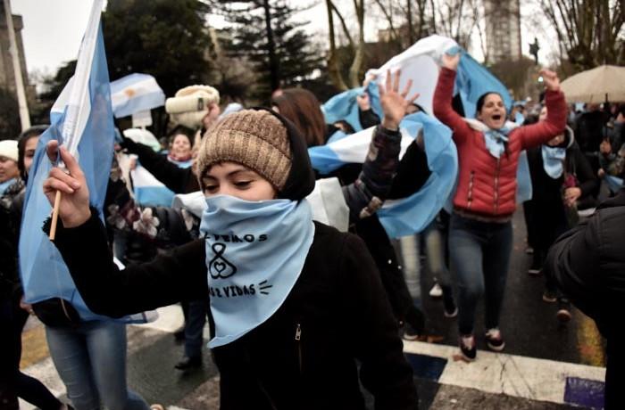 MARCHA SALVEMOS LAS DOS VIDAS CONTRA EL ABORTO  (15)