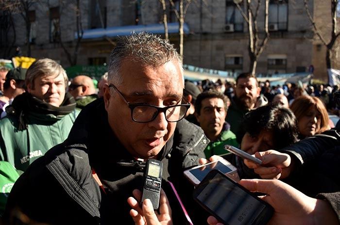 PROTESTA PARO  CAMIONEROS 9 DE JULIO BASURA  (2)