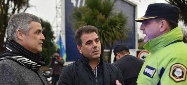 """Ritondo trajo chalecos antibalas y supervisó el """"operativo invierno"""""""