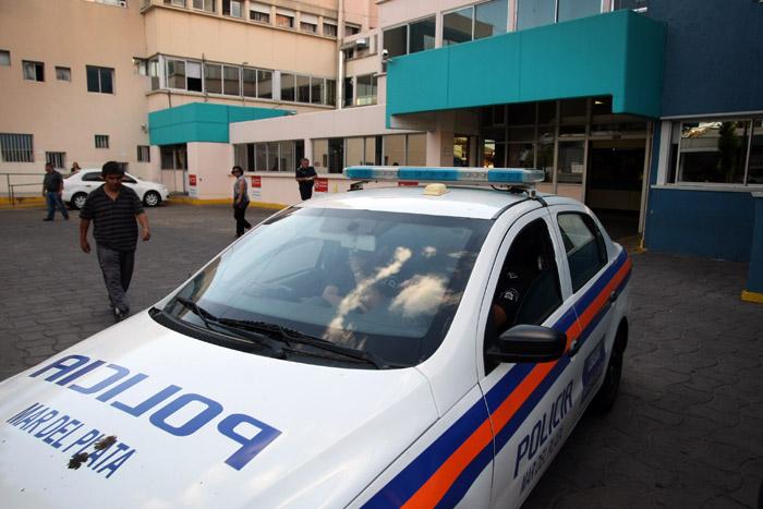 Violento ataque a una mujer policía: lleva 9 días internada