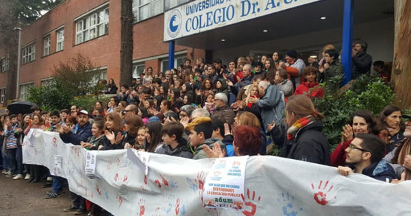 Colegio Illia, un abrazo que fortalece la educación pública