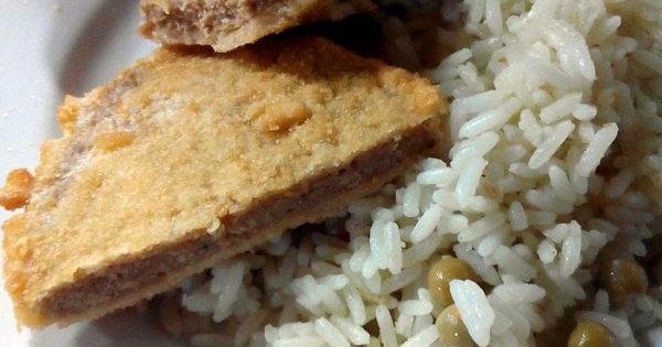 """El menú en la EES 47: milanesas """"incomibles"""" y arroz """"sabor metal"""""""