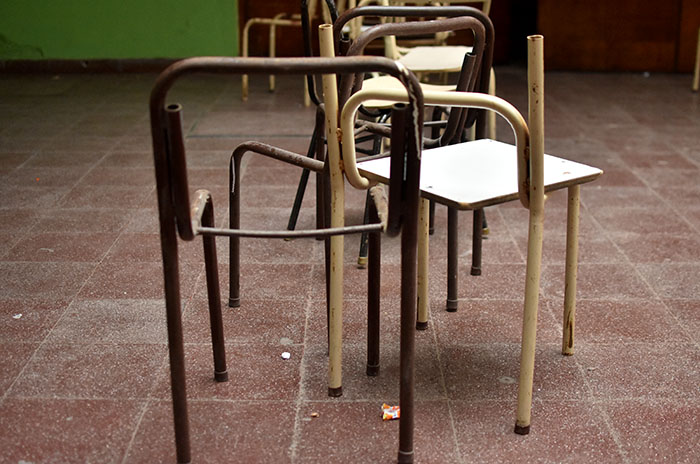 Escuelas con riesgo de inicio: piden respuestas y controles