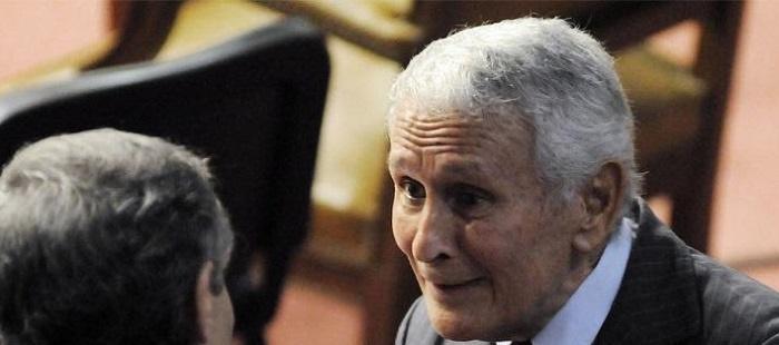 A los 89 años Miguel Etchecolatz le pidió a Vidal volver a la policía