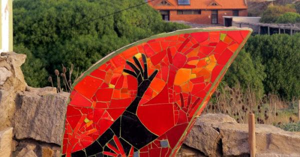 Tras destruir el monumento, denuncian irregularidades del balneario Luna Roja