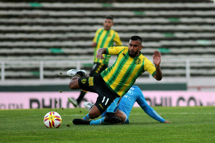 Aldosivi intentará recuperarse como local ante Banfield