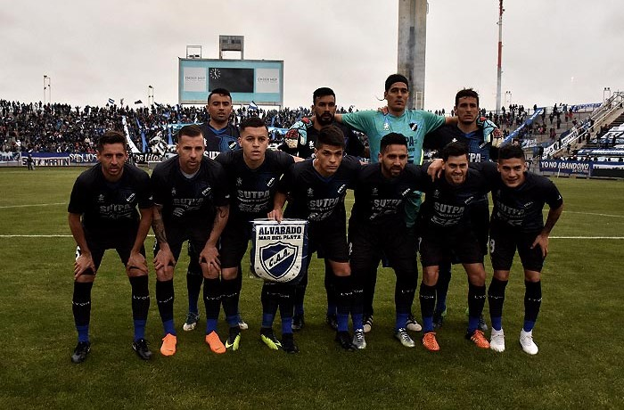 ALVARADO INDEPENDIENTE DE NEUQUEN DEBUT  (6)