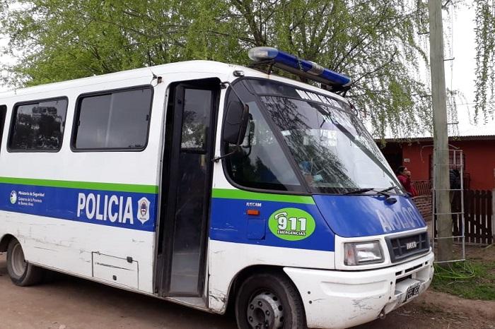 Dos detenidos por violento asalto en el barrio Las Dalias