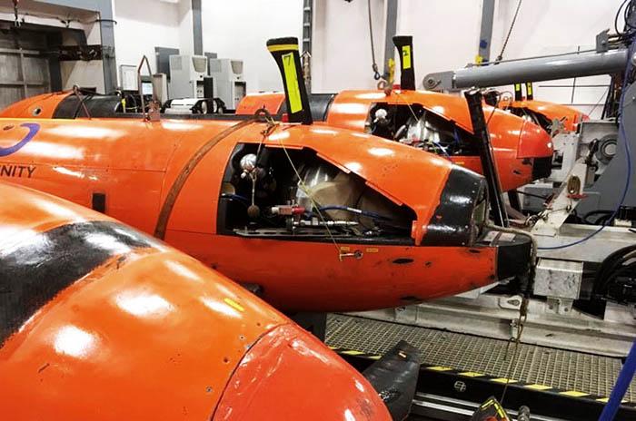 Submarino: esperan que mejore el tiempo para analizar otro contacto