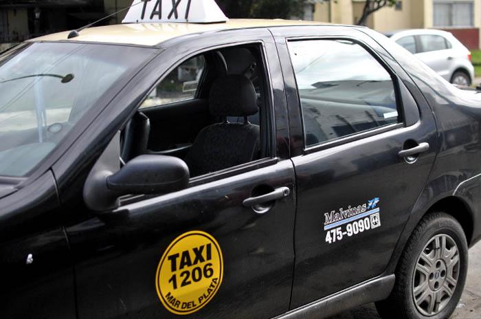 Taxis Islas Malvinas: para enfrentar la caída del trabajo, una aplicación