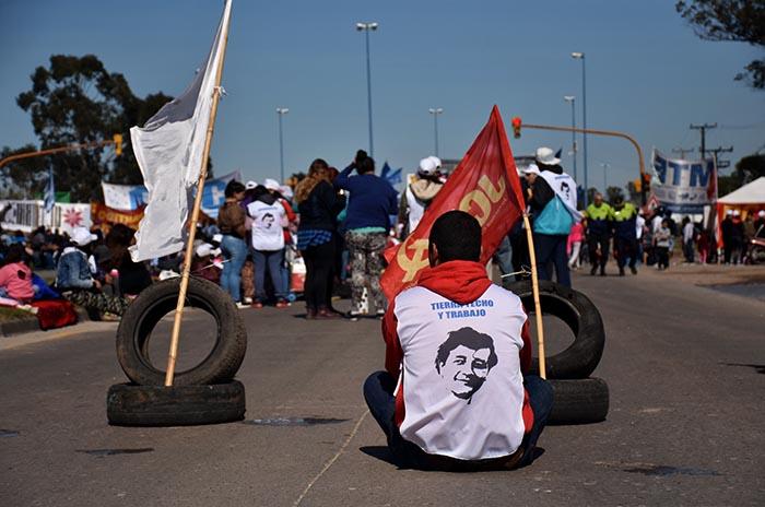 Paro general: masiva protesta, ollas y otro corte en la Ruta 88