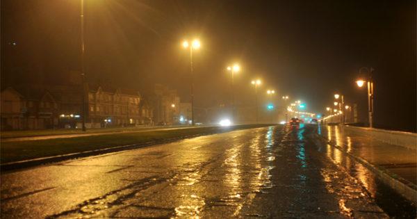 Mar del Plata, sin colectivos de 22 a 6 y con alerta por tormentas