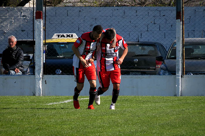 Fútbol local: los octavos de final animan el sábado marplatense