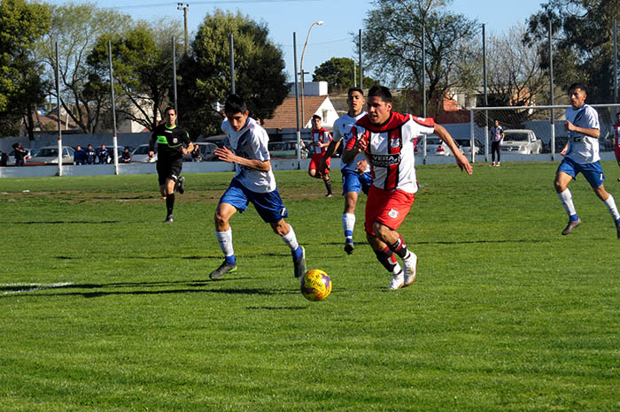 Fútbol local: nada cambió en los primeros puestos