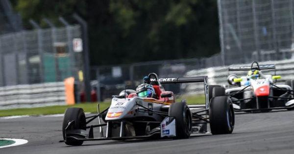 Marcos Siebert le descontó puntos a los líderes en Silverstone