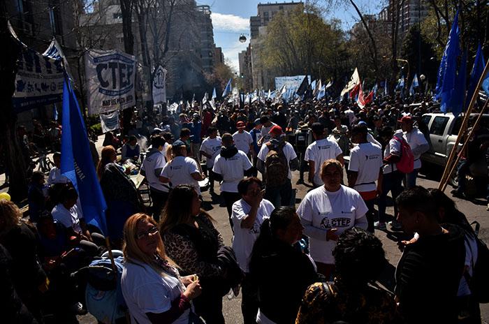 """Ollas populares en el Municipio: """"Basta de hambre"""""""