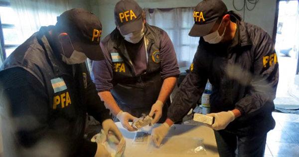 Detienen a un hombre que vendía cocaína en el barrio San Martín
