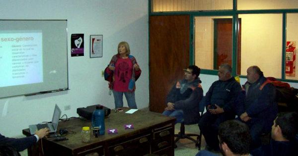 EDEA realizó talleres sobre violencia contra la mujer, discriminación y género
