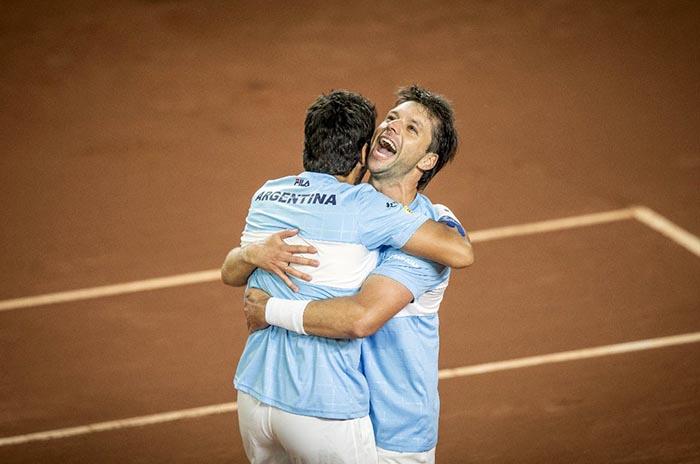 Zeballos ganó el dobles y selló el triunfo argentino ante Colombia