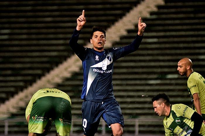 Cristian Canuhé se desvinculó de Alvarado y jugará en Ferro de General Pico