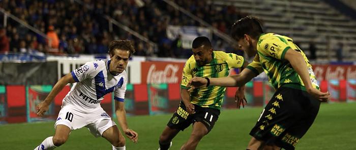 Aldosivi fue superado y perdió con Vélez en el cierre de la fecha