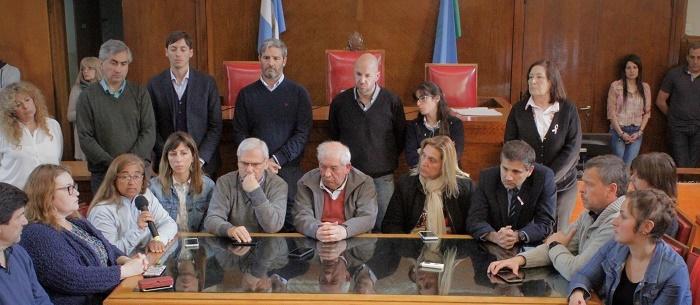 Duras críticas del Concejo a Carlos Arroyo: analizan interpelarlo