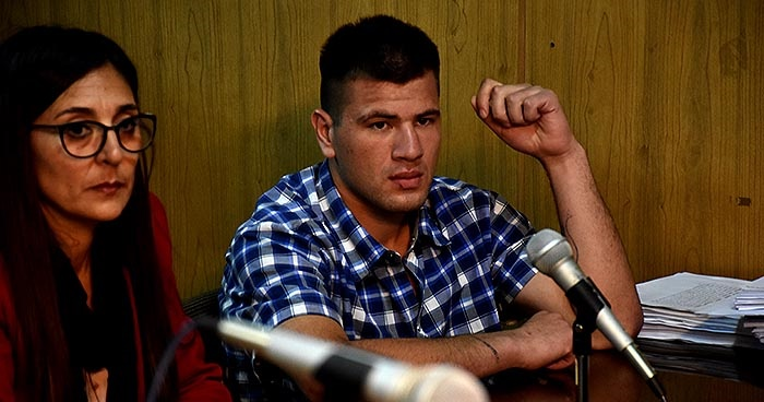Condenan a 18 años al joven que mató a puñaladas a un preceptor