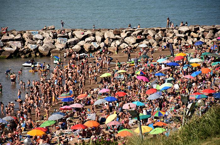 Más de 123.000 turistas pasan la Navidad en Mar del Plata