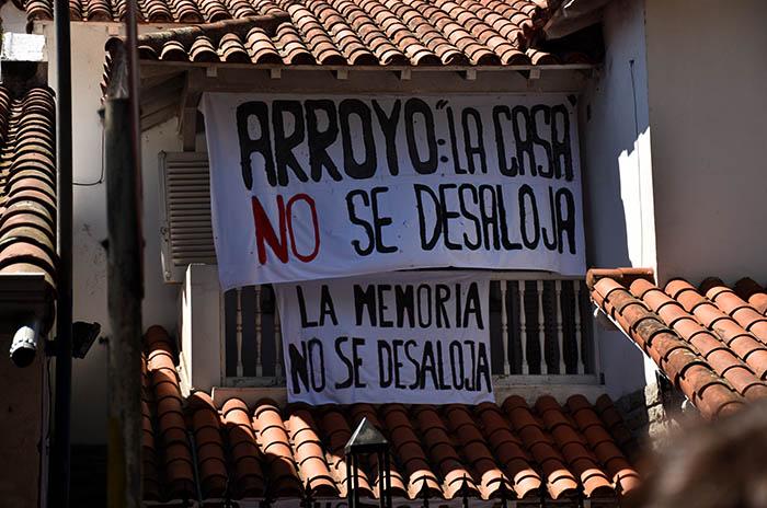 ABRAZO CASA DE LA MEMORIA  (5)