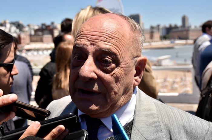 """Mourelle y Distéfano, interpelados: """"Brindé con un litro de champán"""""""
