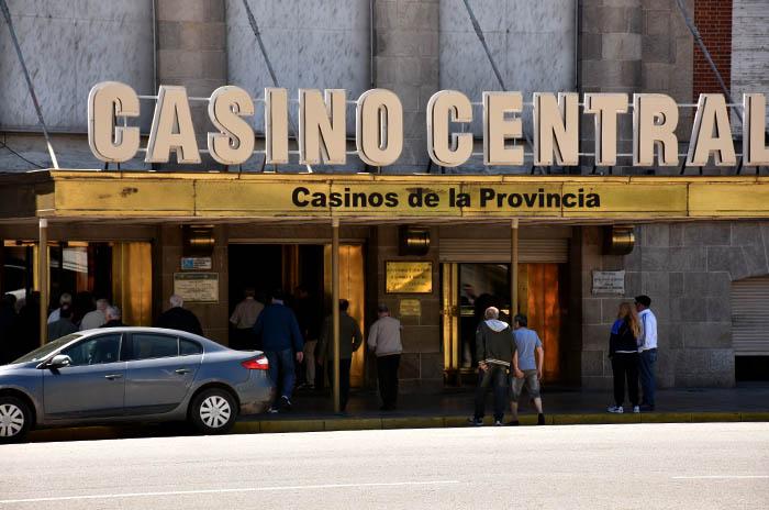 Conflicto en Casino Central: reincorporaciones y acuerdos