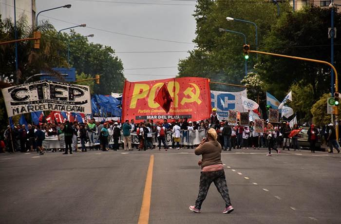 MARCHA CONTRA EL G20   (3)