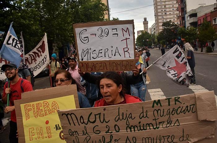 MARCHA CONTRA EL G20   (4)