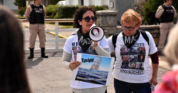 Puerto: prórrogas para esquivar la norma de los trajes de inmersión