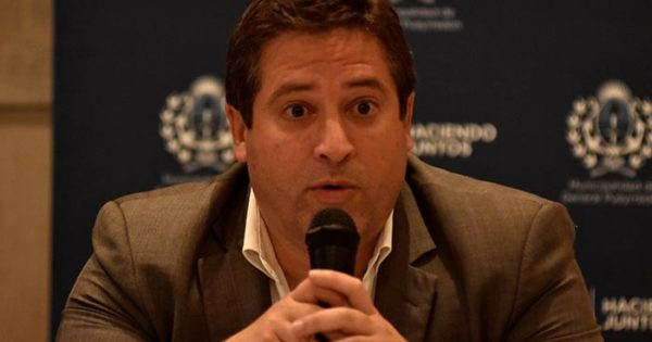 """Mourelle: """"Recortar el privilegio de municipales se traducirá en obras"""""""