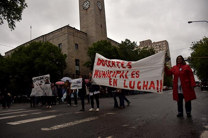 RECLAMO DOCENTES MUNICIPALES  (9)
