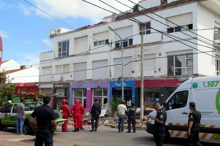 Arroyo ordenará por decreto estudios técnicos en todos los edificios